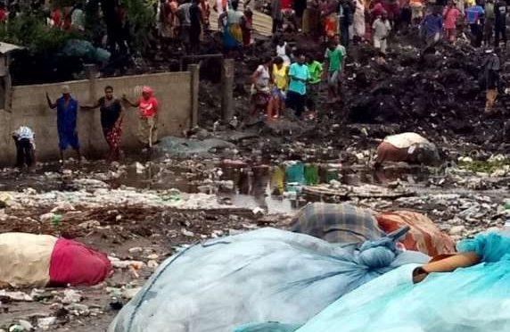 Sepolti sotto una montagna di rifiuti, dramma dell'inefficienza in Mozambico