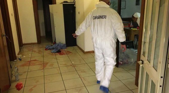 """Profugo uccide ragazzo per """"questioni religiose"""", sangue ovunque – FOTO"""