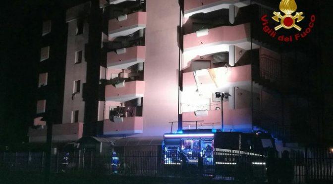 Profughi incendiano condominio per 'errore' a Cagliari
