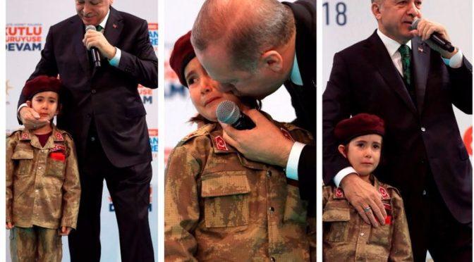 """Erdogan a bimba: """"Se diventa martire avrà tutti gli onori"""", lei scoppia in lacrime – VIDEO"""