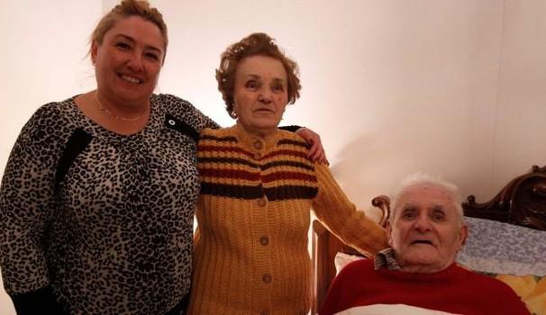 Migranti ospiti della Parrocchia irrompono in casa anziani e li pestano – VIDEO