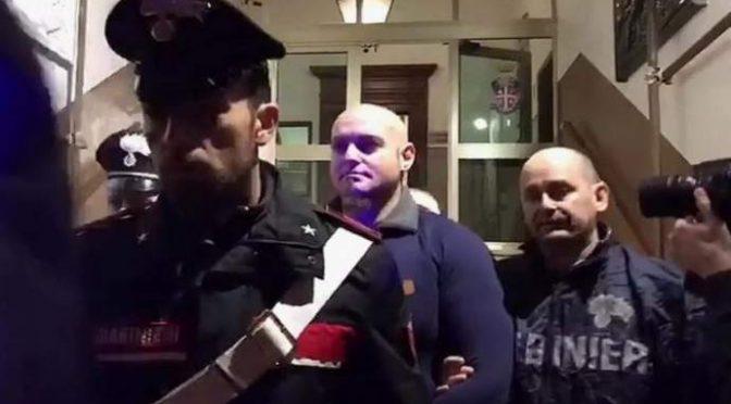 """Traini accolto in carcere tra gli applausi rifiuta donazioni: """"Datele a famiglie italiane bisognose"""""""