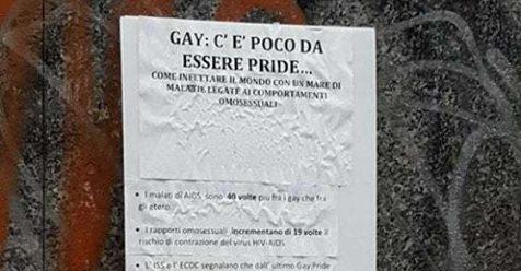 """""""I gay infettano il mondo"""": manifesto in liceo di Milano"""