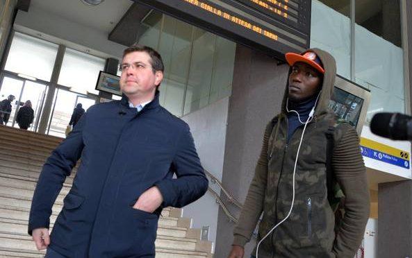 Il sindaco leghista che ha 'cacciato' i finti profughi: «Pronto a rifarlo»