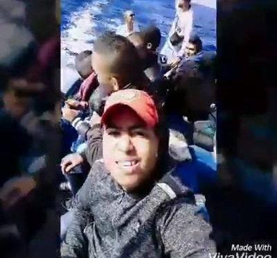 Sbarchi: algerini ci sfottono su Facebook – VIDEO