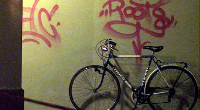Vergogna rossa: scritte antifà contro Marco Biagi, vittima BR