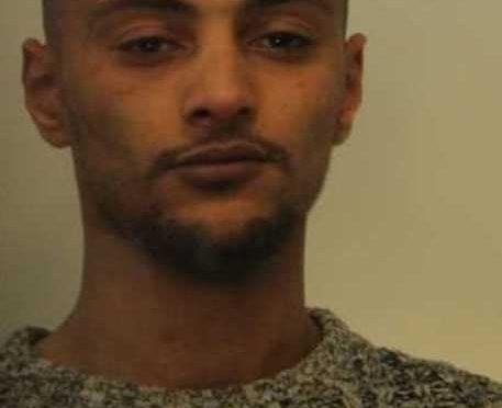 Ragazzina stuprata su vagone, arrestato marocchino