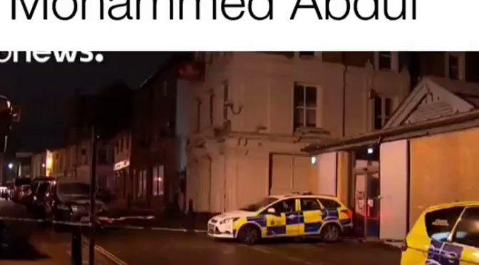 Islamico piomba con l'auto contro clienti discoteca – VIDEO