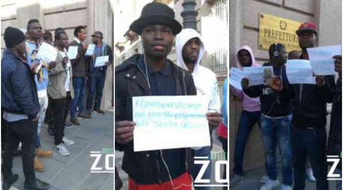 """Profughi protestano: """"Guardate come non ci curano"""" – FOTO"""
