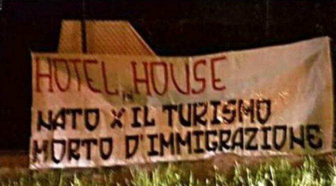 Proteste contro il palazzo degli orrori occupato dai migranti