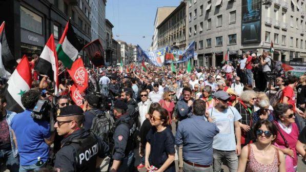 Milano: musulmani attaccano ex deportati ebrei a corteo