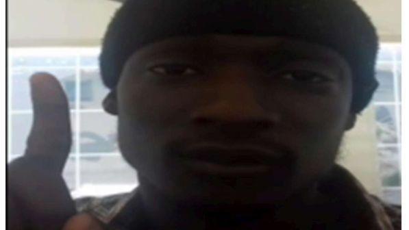 Profugo doveva lanciarsi con l'auto sulla folla, arrestato in moschea