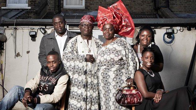 20mila euro per mantenere famiglia nigeriana!