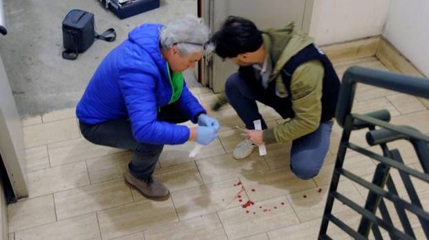 Italiani sorprendono nordafricano a rubare: massacrato a sprangate – FOTO