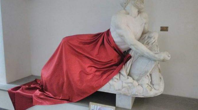 Savona, statua velata per non turbare i musulmani
