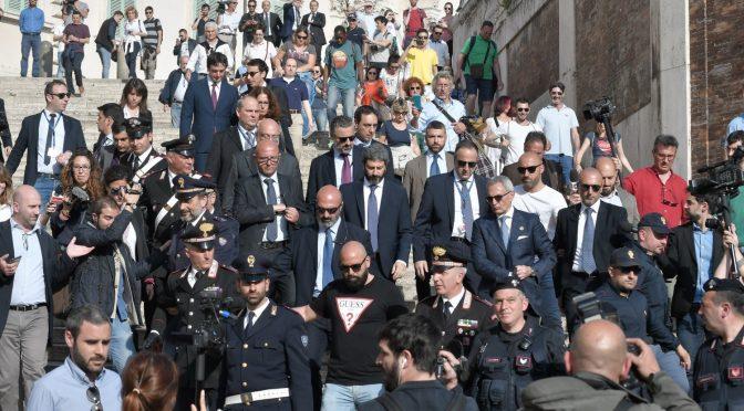 """Fico contro Salvini: """"Lo stato deve supportare le Ong"""""""