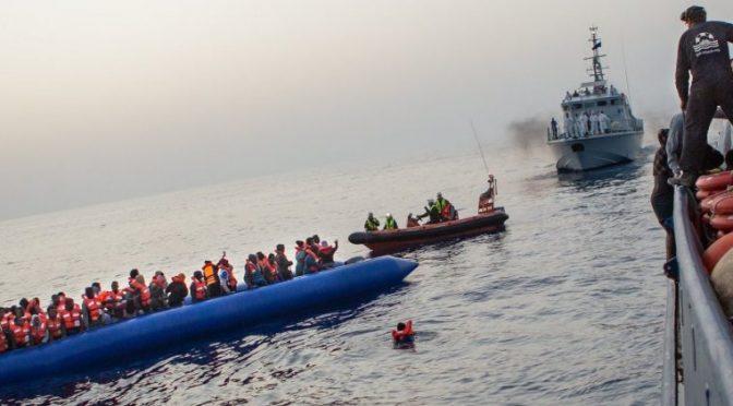 Rai e Ong traghettano in Italia 700 clandestini