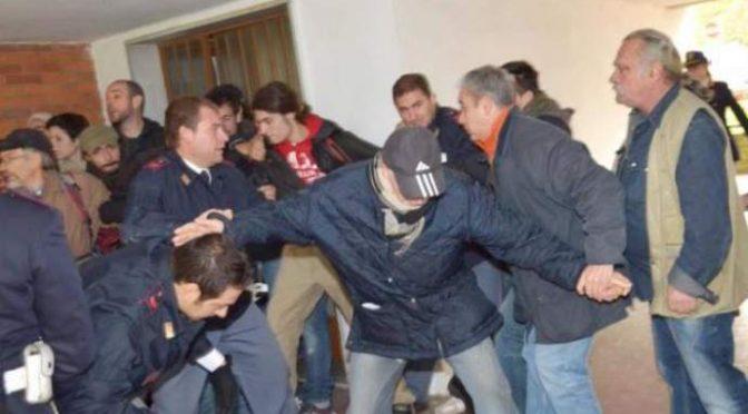 Toscana: Pd sfratta pensionati italiani per dare case popolari a immigrati
