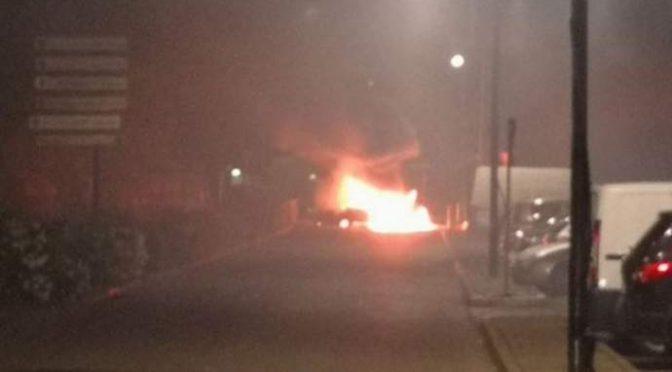 Sommossa islamica a Tolosa: terza notte di violenze – VIDEO