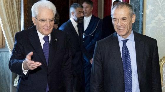 Mattarella nel pallone: Cottarelli verso rinuncia, voto a luglio?