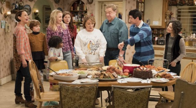 Disney cancella 'Roseanne', serie pro-Trump per un tweet 'razzista' dell'attrice protagonista