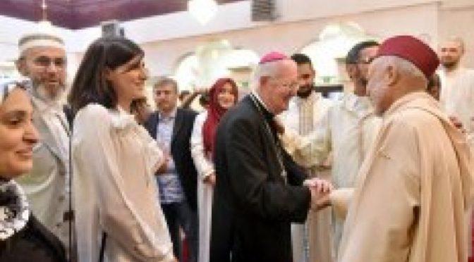 Torino, islamico picchia la moglie che osa uscire di casa dopo il tramonto