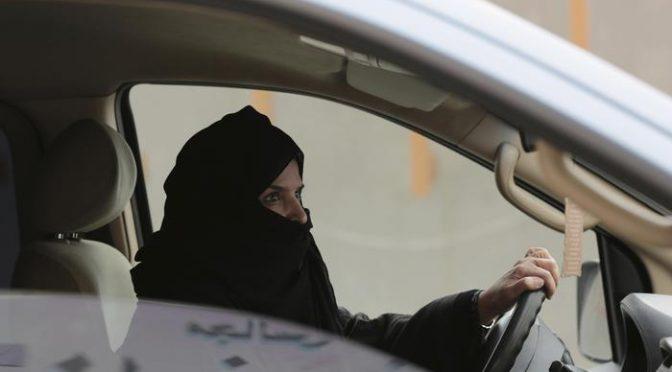 Arabia Saudita, arrestate donne che volevano guidare