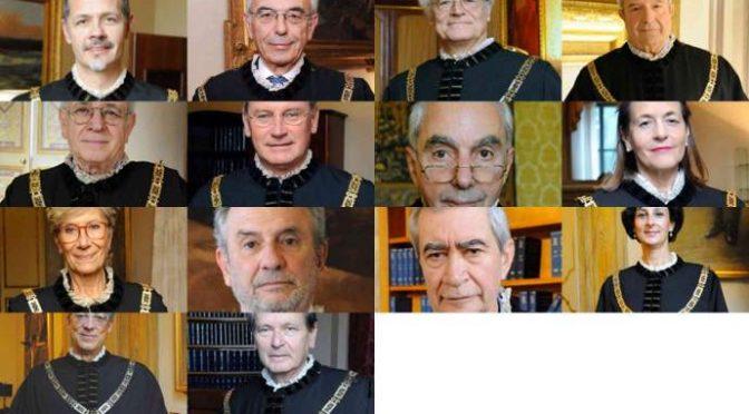 Questi giudici odiano gli italiani e guadagnano mezzo milione di euro