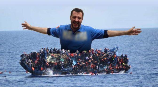 """In arrivo 2mila clandestini, Salvini: """"Ci minacciano coi barconi"""""""