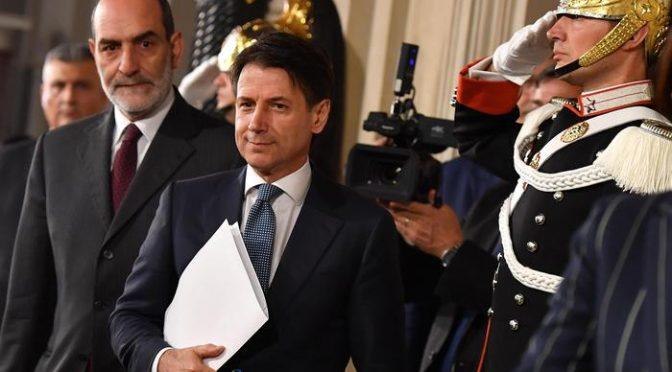 """Conte premier populista: """"Difenderò italiani in Europa"""""""