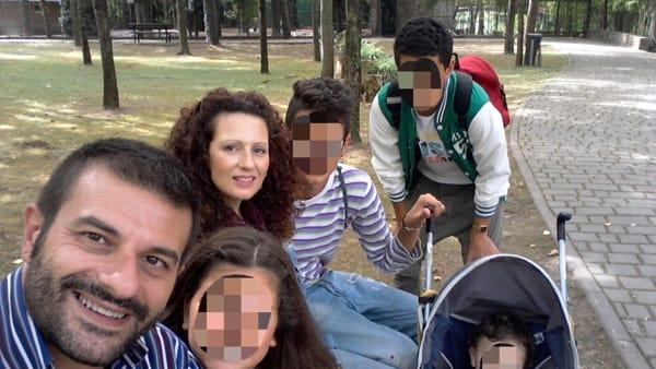Ravenna: 350 profughi in hotel e famiglia italiana con 4 figli in furgone