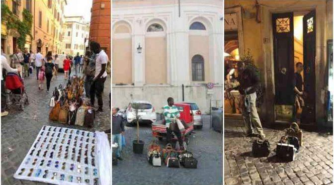 Fontana Trevi assediata da venditori abusivi: proteste – FOTO