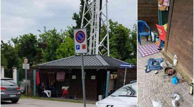 Treviso, bivacco di immigrati davanti comando vigili urbani