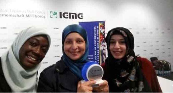 """Islamici 'italiani': """"Donne non vadano in bici"""" – VIDEO"""