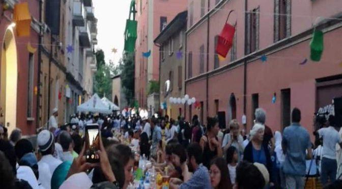Bologna, musulmani si prendono le strade – VIDEO