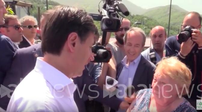 """La terremotata Mariella a Conte: """"Venga da noi, siamo i veri immigrati"""" – VIDEO"""