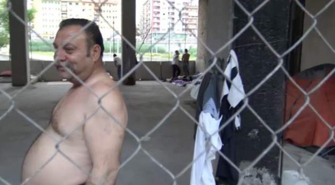 Roma: Tiburtina assediata da zingari e clandestini – VIDEO