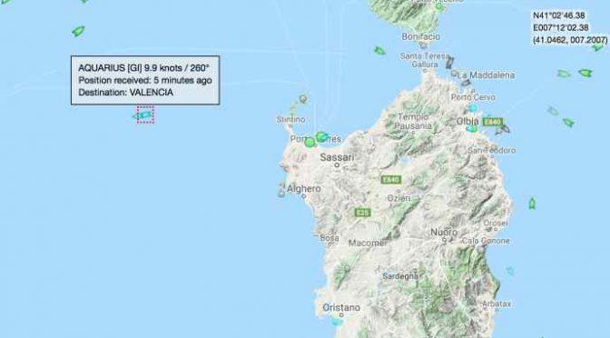 Nave Acquarius esce da acque territoriali italiane