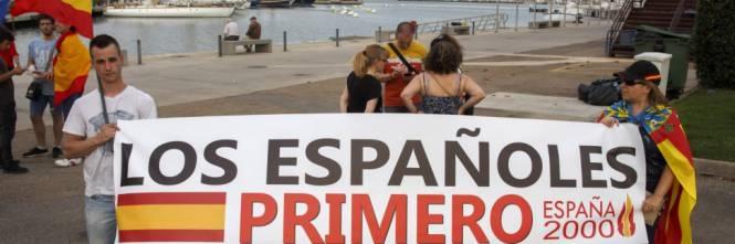 Valencia, proteste contro sbarco clandestini Aquarius