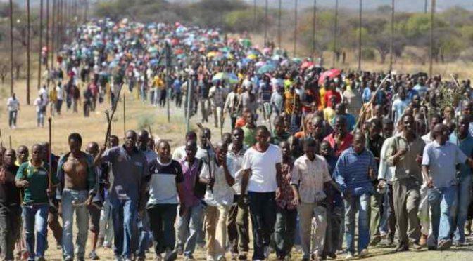 """Allarme Servizi: """"Poteri stranieri spingono migliaia africani verso l'Italia"""""""