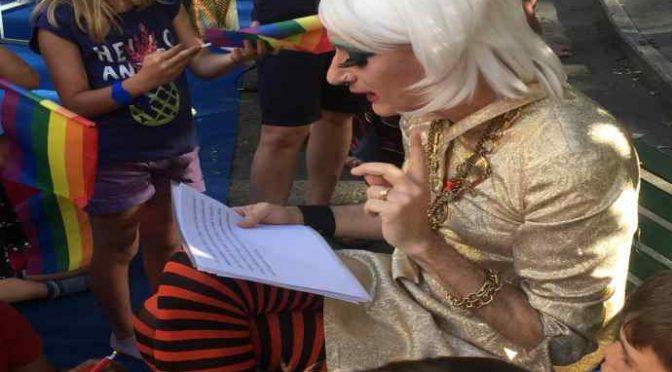 Lezioni di omosessualità per bambini a Milano – VIDEO