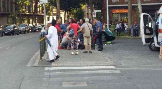 Brutale pestaggio: immigrato gli spacca la testa a calci – VIDEO