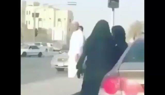 Donne al volante in Arabia: scattano risse – VIDEO
