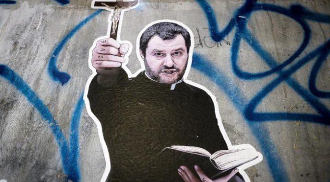 """Don Ruggero sta con Salvini: """"Vade retro Famiglia Cristiana"""""""