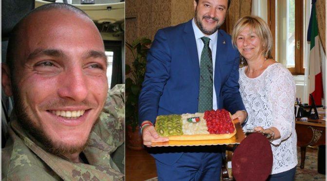 Salvini abbraccia la mamma del parà ucciso