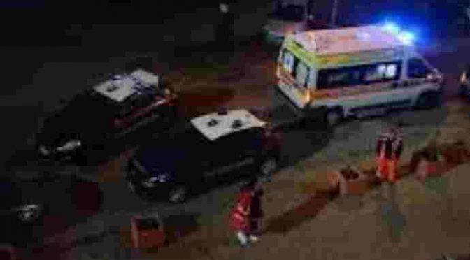 Italiani inseguono ladro africano che si schianta in auto e muore