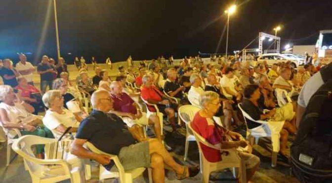 Il PD è morto, solo pochi anziani alla festa dell'Unità – FOTO