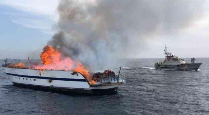 Battaglia tra clandestini e Guardia Costiera: 4 morti – FOTO