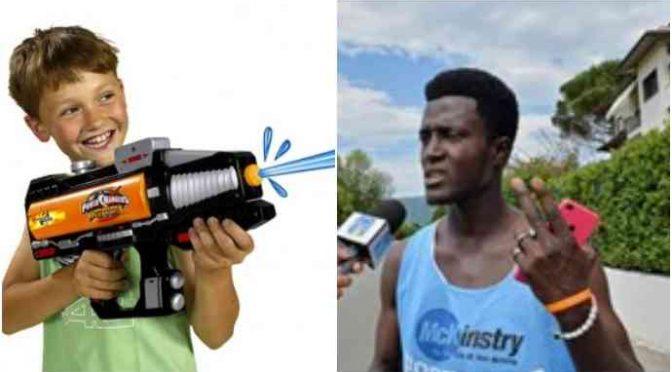 Nessuno attacco al profugo di don Biancalani: 2 bambini hanno sparato a salve