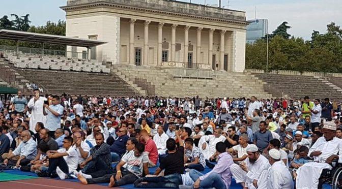 Festa dello Sgozzamento: migliaia islamici occupano l'Arena